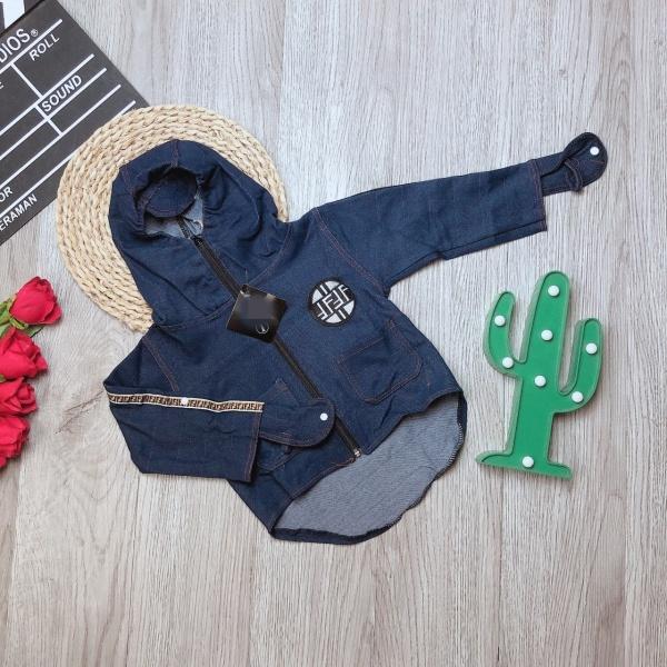 Áo khoác trẻ em chất jean bò( Xanh) cho bé trai bé gái từ 1 tuổi đến 9 tuổi cân nặng từ 8kg đến 30kg