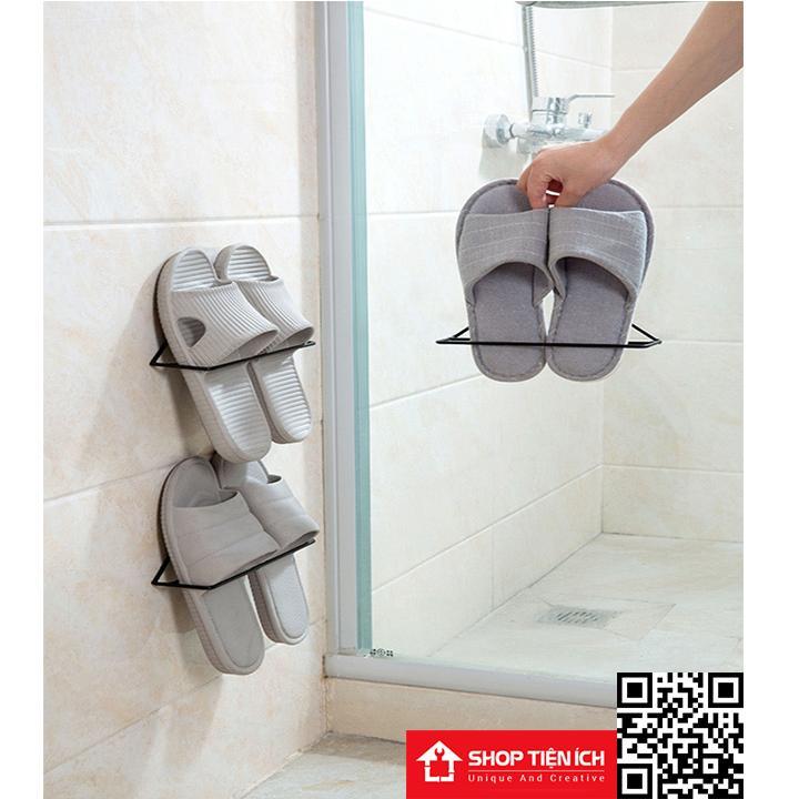 Giá tam giác treo dép nhà tắm hoặc dép đi trong nhà tiện lợi gọn gàng Nhật Bản