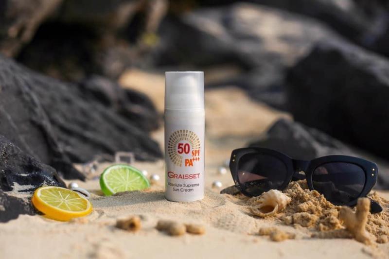 Kem Chống Nắng Graisset Absolute Supreme Sun Cream nhập khẩu