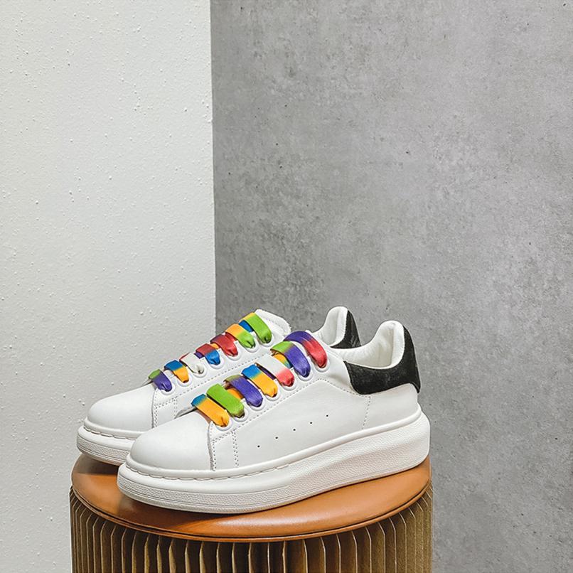 Giày thể thao nữ MC dây 7 màu Phản Quang cực chất -Top 5 mẫu giày hot nhất 2020- chất liệu da cao cấp dễ làm sạch, đế cao su tổng hợp rất dẻo và êm chân- DOZIMAX giá rẻ