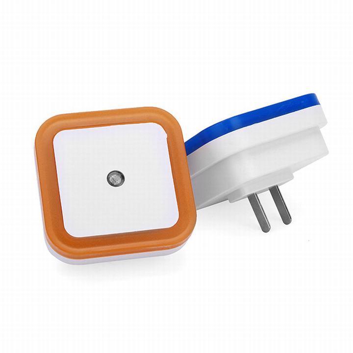 Bóng đèn phòng ngủ LED cảm ứng treo tường  Cam kết hàng đúng như hình và mô tả  Bảo hành uy tín bởi shop/TIENTHUNG