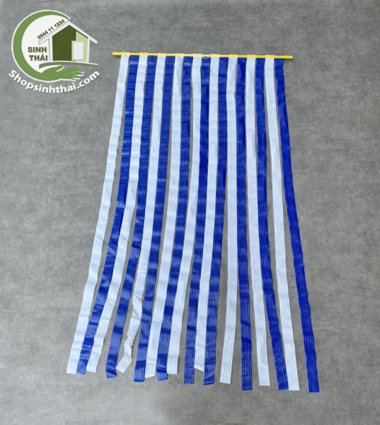 Rèm màn nhựa, dây nhựa xanh trắng - 1m x 1,7m