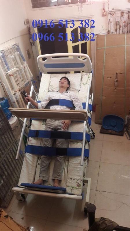 Giường y tế đa năng kèm tập đứng cho người bệnh