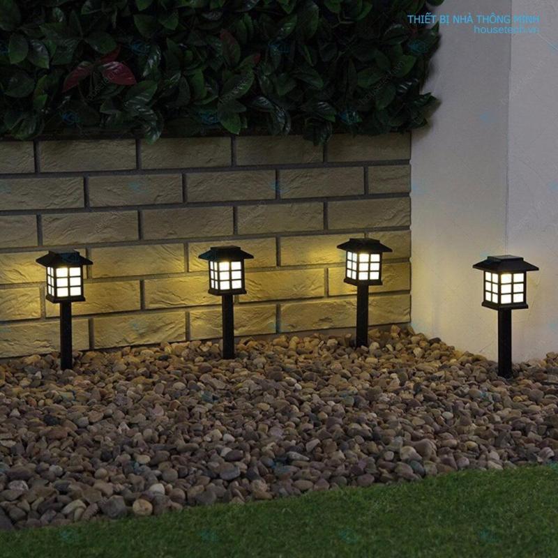 Đèn sân vườn năng lượng mặt trời chữ nhật