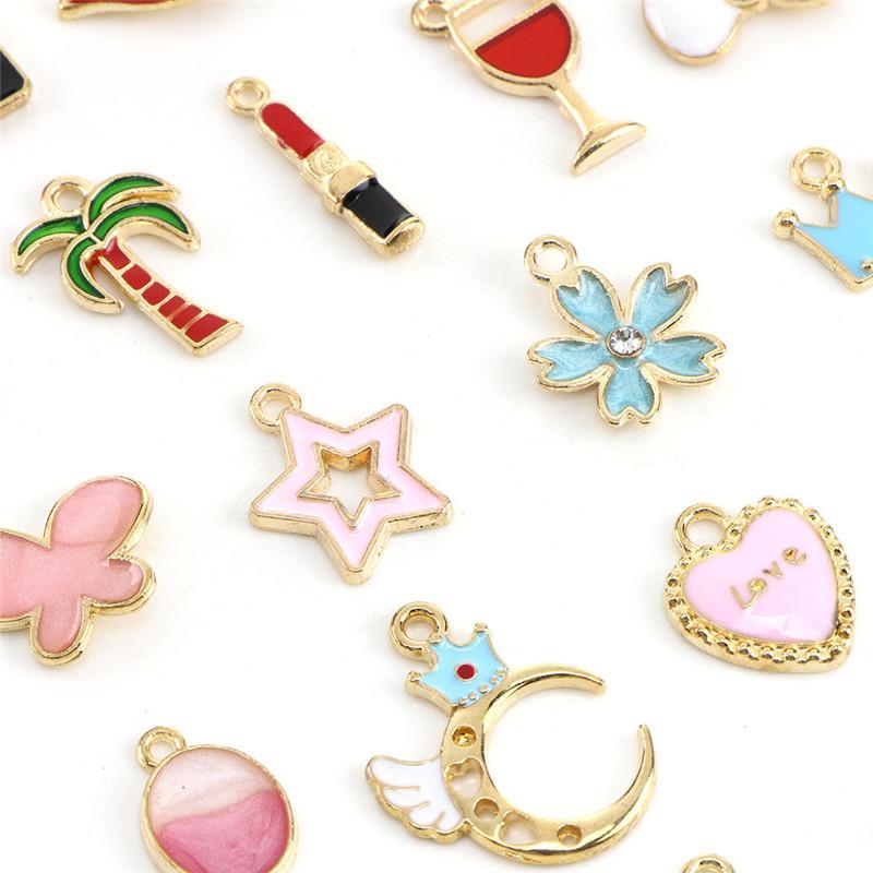 30PCS Mixed Enamel Beads Pendants Charms Craft DIY Jewelry Findings TB