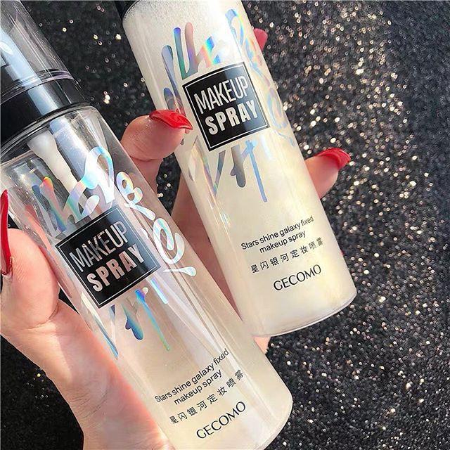 Xịt Cố định Lớp Makeup Nhũ Chảy GECOMO Makeup Spray Cùng Giá Khuyến Mãi Hot