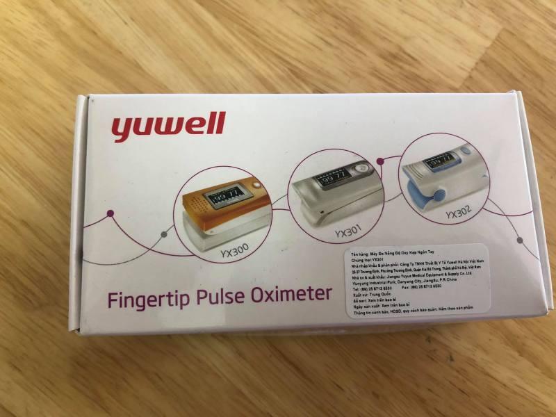 máy đo nồng độ oxy kẹp ngón tay bán chạy