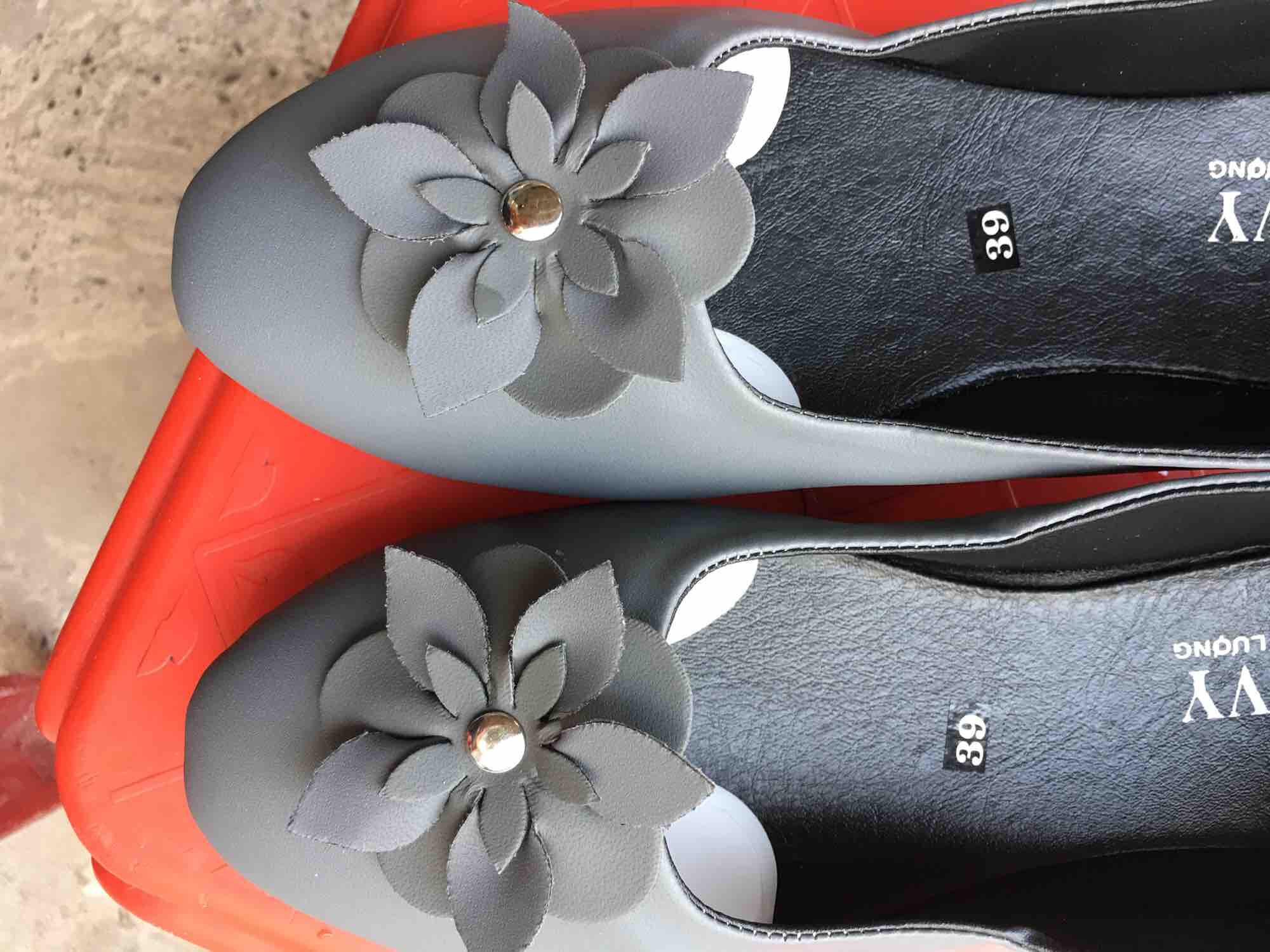 Giày búp bê kết hoa