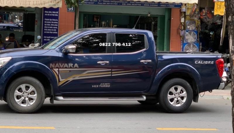 Tem dán sườn xe Navara như hình, tem dán sườn xe ô tô , hình thật shop chụp