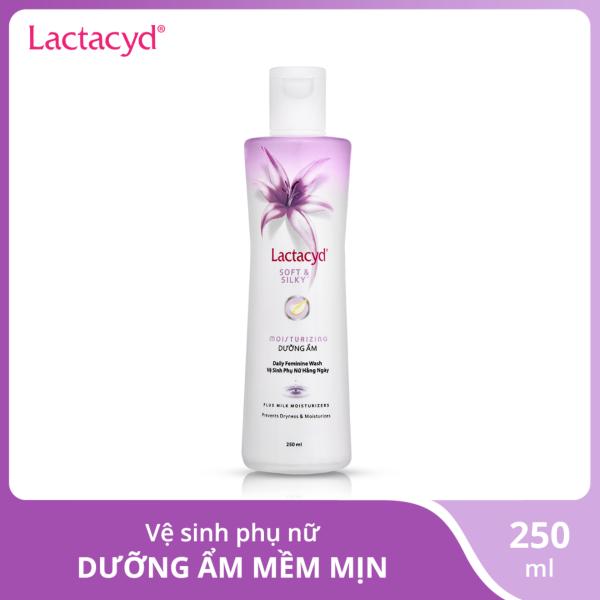 Dung dịch vệ sinh phụ nữ Lactacyd Soft & Silky 250ml tốt nhất