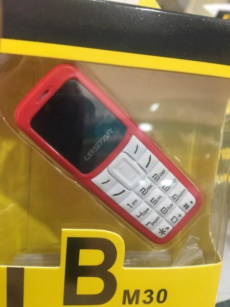 Điện thoại mini BM30 siêu nhỏ
