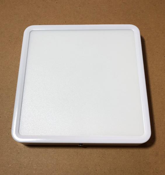 Đèn LED ốp trần 18W vuông sáng trắng (18x18cm)