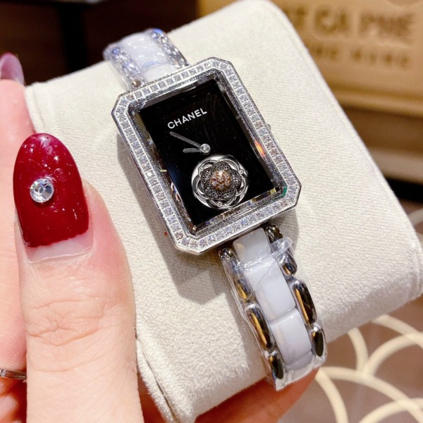 Nơi bán [MUA 1 TẶNG 1] Đồng hồ nữ dây kim loại CHANE C11 - FULLBOX SIZE 28 MM DÀNH CHO CÁC BẠN NỮ TAY NHỎ XINH XINH