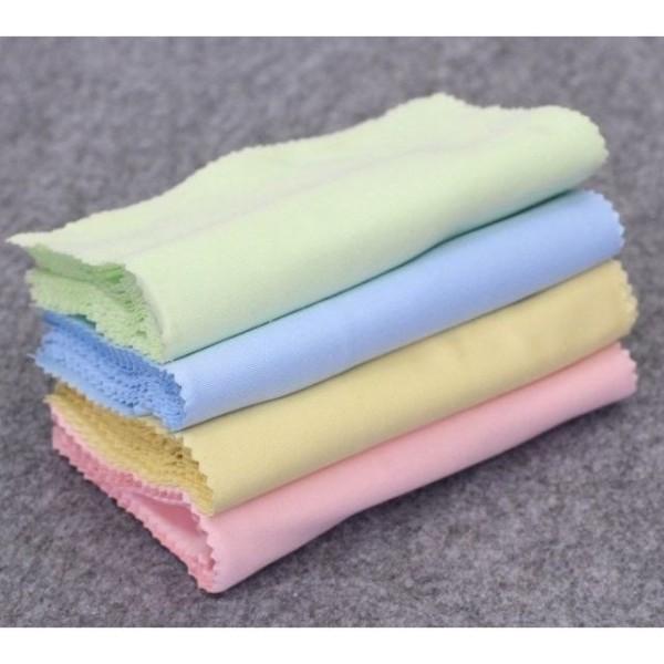 Giá bán Khăn Lau Kính Đa Năng Chuyên Dụng - Lau Mắt Kính Cận Mặt Kính Điện Thoại Lilyeyewear màu ngẫu nhiên