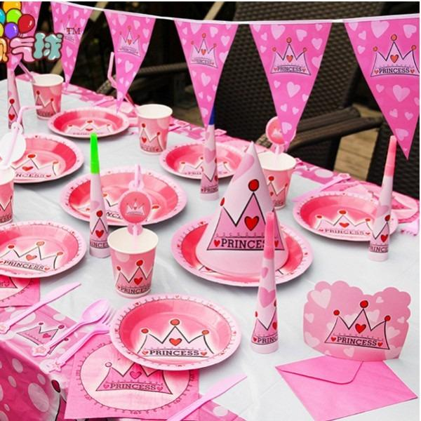 Hình ảnh Bộ dụng cụ trang trí sinh nhật hình vương miện hồng