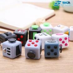 Hình ảnh Fidget Cube Một Màu Cá Tính (Màu Sắc Ngẫu Nhiên) US05428