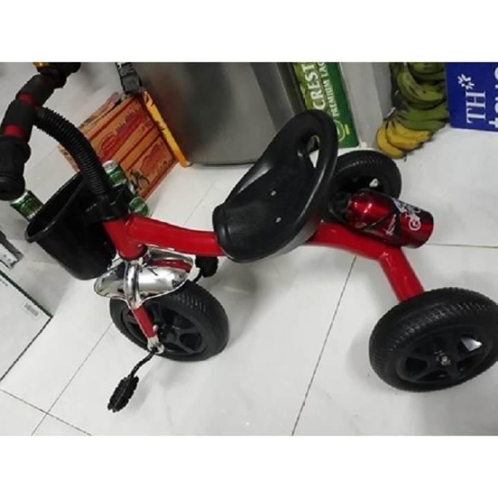 Xe đạp 3 bánh có bình nước cho bé từ 3-5 tuổi