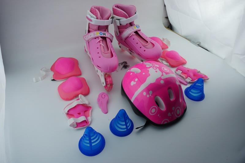 Phân phối Giày Trượt Patin Trẻ Em Có Đèn Sáng Tạo Chọn Ngay Giày Patin Trẻ Em Tặng Mũ Và Đồ Bảo Hộ 5 Đến 14 Tuổi Khung Hợp Kim Vỏ Nhựa Chắc Chắn Chịu Lực Chống Va Đập Chống Chẹo Chân Hàng Loại Tốt . Bảo Hành Uy Tín Tại LPStore