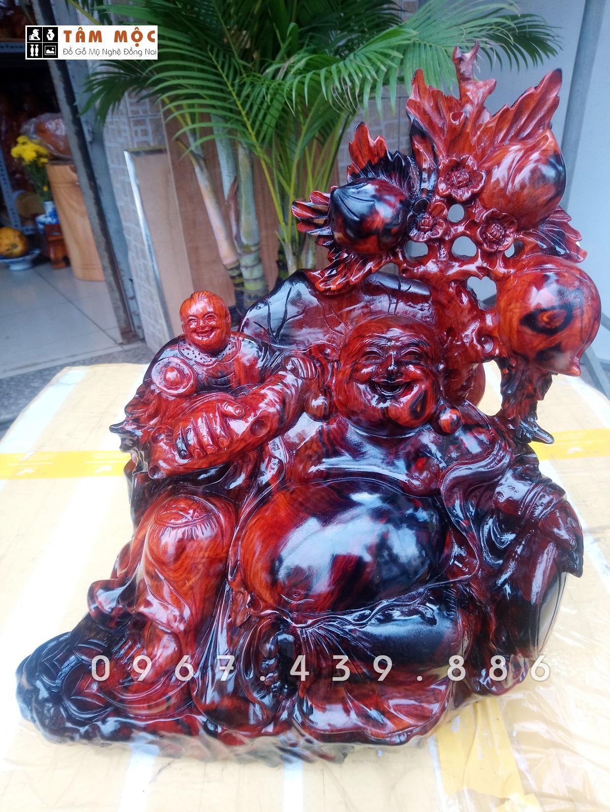 Mua Tượng Phật Di Lặc bằng gỗ trắc – DL68