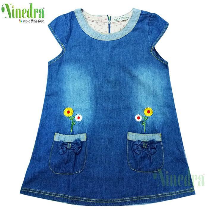 Đầm jean xòe bé gái túi trước - Ninedra
