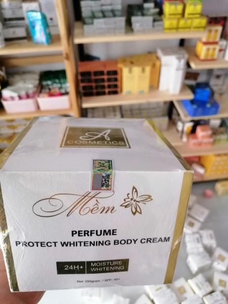 Kem body mềm nước hoa mẫu mới 2020 Phương Anh - Chính hãng giá rẻ