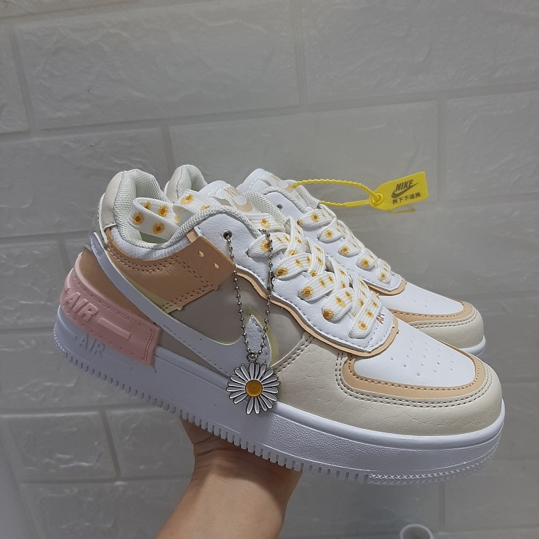 (Ảnh thật+ hàng đẹp) Giày Thể Thao Nam Nữ  Đẹp Gía Rẻ, Giày Nữ, giày thể thao  NIKE HOA CÚC ( TẶNG TẤT) giá rẻ