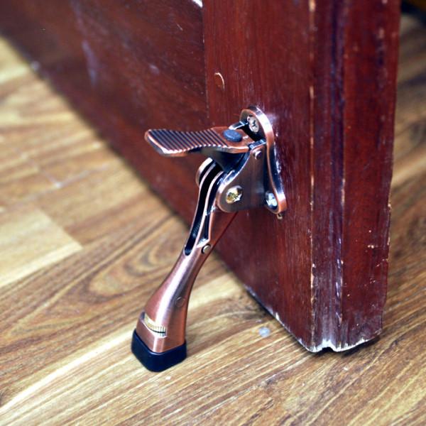 Chặn cửa móng ngựa có lẫy gạt Đồng