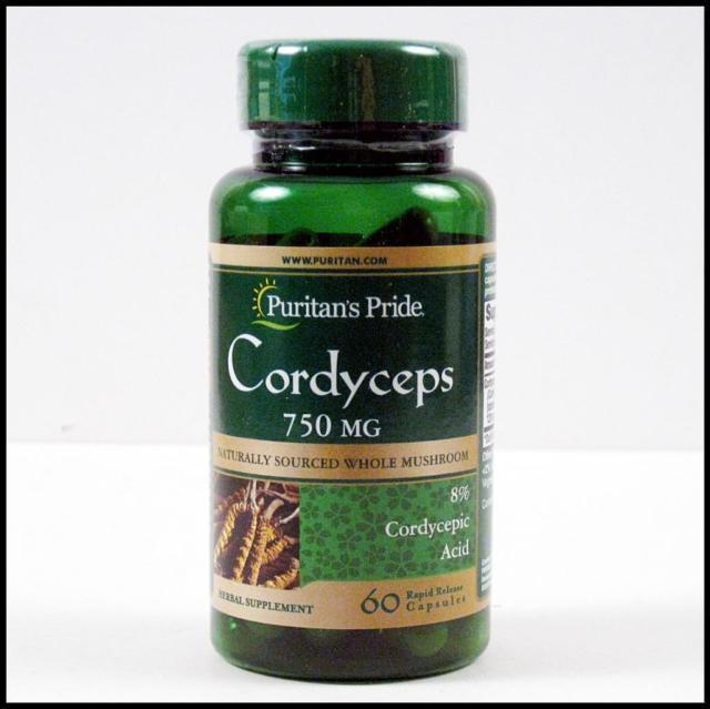 Thực phẩm chức năng cao cấp Đông trùng hạ thảo Cordyceps Mushroom 750 mg - Puritans Pride bồi bổ cơ thể,sức khỏe dẻo dai dùng cho mọi lứa tuổi chính hãng của Mỹ nhập khẩu