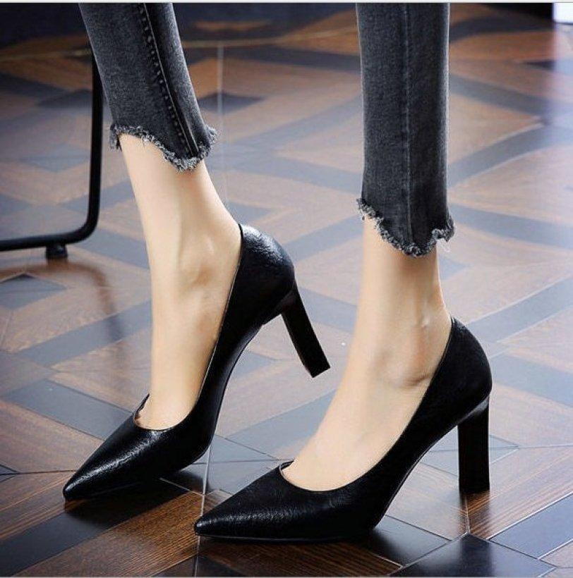(Bảo hành 12 tháng) Giày cao gót nữ gót trụ vuông bít mũi thanh lịch - Giày nữ gót cao 9cm - Giày da mềm 2 màu Đen và Kem - LInus LN298 giá rẻ