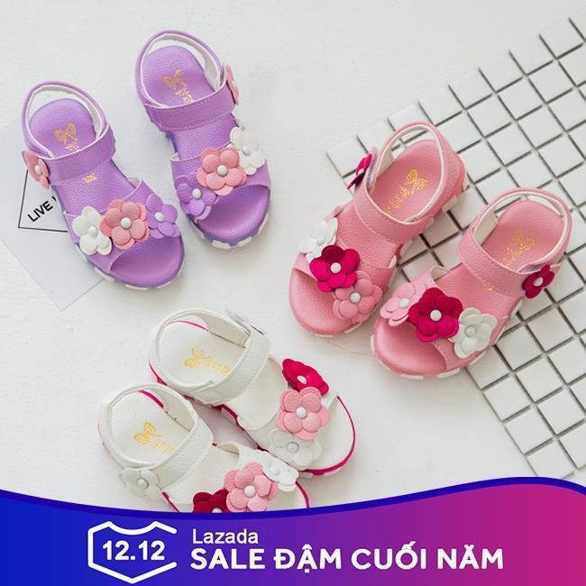 Giá bán Sandal bé gái xăng đan cho bé, dép đi học đi chơi gắn hoa siêu xinh