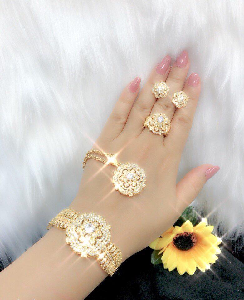 [ TRANG SỨC BỘ HOT 2019 DÙNG ĐI TIỆC - CAM KẾT KHÔNG ĐEN ] trang sức cưới theo bộ | trang sức cưới trọn bộ | trang sức bộ trắng | nữ trang sức bộ | trang sức bộ vàng 18k | trang sức vòng bộ | trang sức bộ 18k | bộ trang sức cưới - GiVi Sho