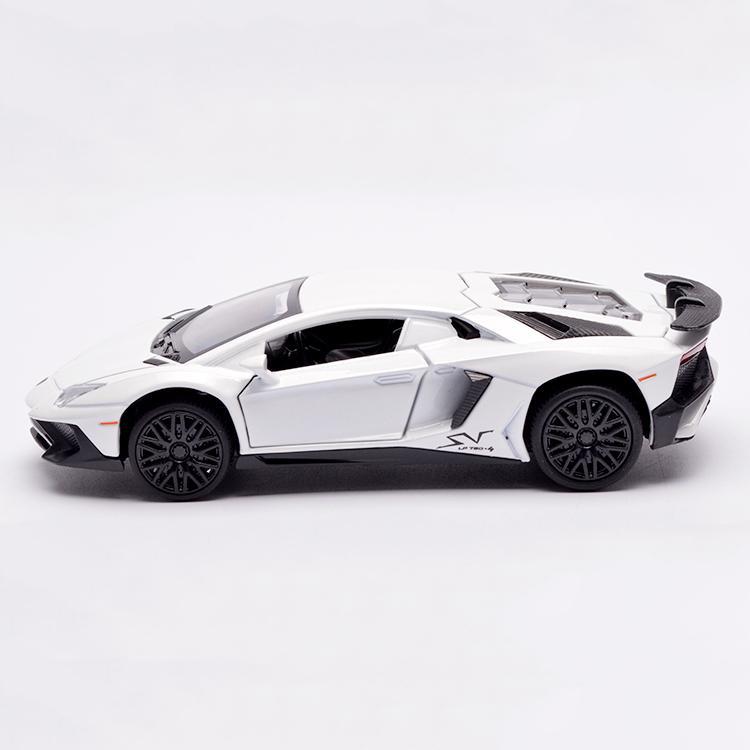 Mô Hình Lamborghini Centenario LP750-4 1:32 Có Giá Rất Cạnh Tranh