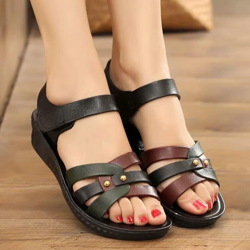 Sandal nữ nhựa siêu rẻ, hàng nhập quảng châu siêu đẹp, siêu bền giá rẻ