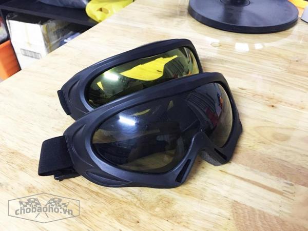 Giá bán Kính mũ bảo hiểm  bảo hộ chống bụi và tia UV cho phượt thủ ( 7 Màu và màu đen )
