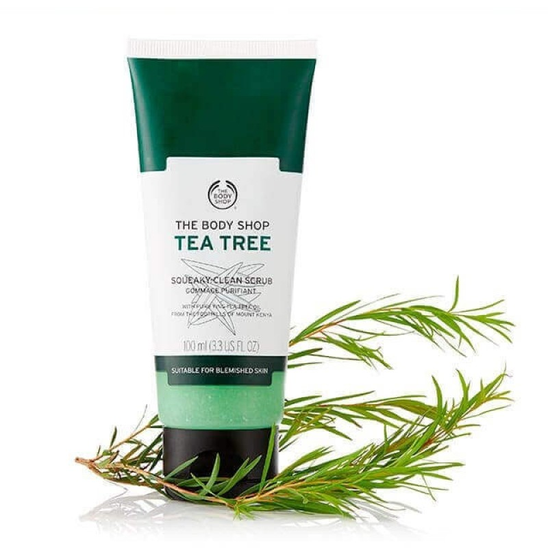 Kem tẩy tế bào chết da mặt THE BODY SHOP Tea Tree Squeaky-Clean Scrub 100ml