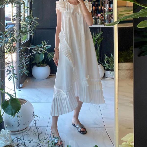Hàn Quốc Chic Khí Chất Cảm Hứng Thiết Kế Xếp Nếp Ghép Mảnh Cổ Tròn Dáng Suông Rộng Một Màu Bay Tay Áo Không Thường Xuyên Đầm Váy Dài