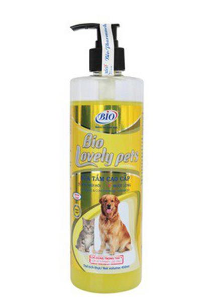 [Giá Rẻ] SỮA TĂM CHÓ MÈO Bio Lovely Pets mượt lông khử mùi hôi Chai 450ml Xuất xứ Việt Nam