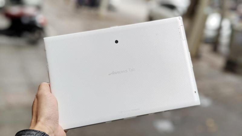 Máy tính bảng Fujitsu F03G - Đẹp zin 100% tặng sạc cáp