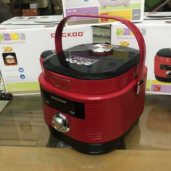 Nồi cơm điện COOKU GK-1807 1,8L 700W. Bảo hành chính hãng 12 tháng. Công nghệ nấu 3D. Lòng nồi siêu dày, nấu cơm siêu ngon