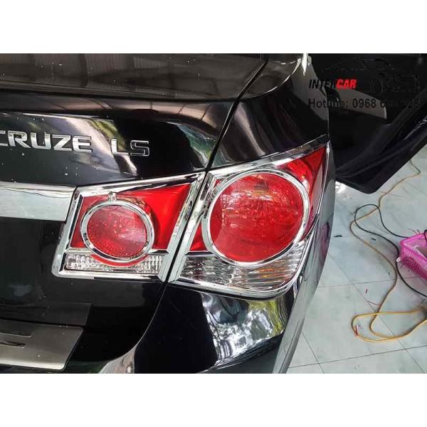 Ốp trang trí viền đèn pha và hậu mạ Crom cho xe CRUZE 2015-2018