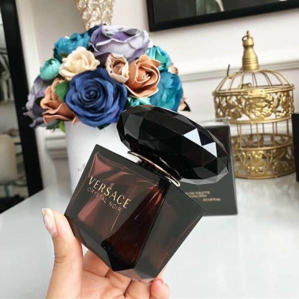 Nước Hoa Nữ Versace Crystal Noir Eau de Toilette, 90ml