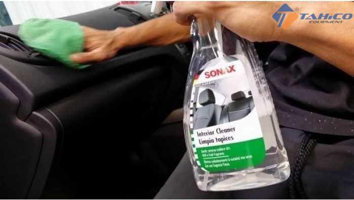 Giá Tiết Kiệm Để Sở Hữu Ngay Dung Dịch Làm Sạch Nội Thất Xe Sonax Car Interior Cleaner