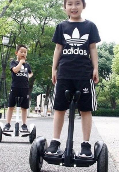 Mua Xe điện cân bằng- LOẠI BÁNH LỚN 10 INCH - Xe cân bằng  -  cân bằng - xe cân bằng điện - xe cân bằng cho bé - cân bằng điện - xe cho bé - đồ chơi trẻ em - quà tặng cho bé - xe trẻ em