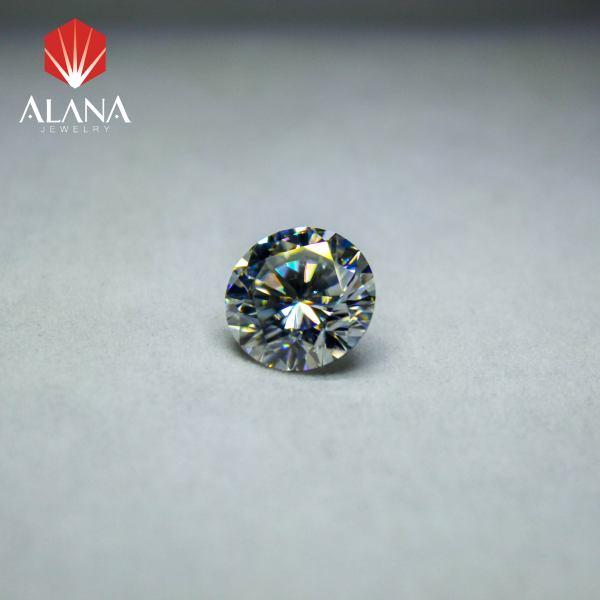 Kim cương Moissanite hình tròn màu trắng