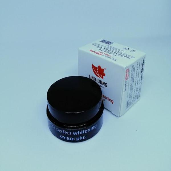 [Hàng Tặng Không Bán] Kem sữa dưỡng da dưỡng ấm chống nắng The Perfect Whitening Cream Plus 5g
