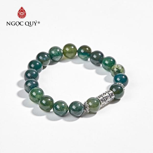 Vòng Tay Phong Thủy Đá Chalcedony Phối Charm Lục Tự Lục Giác 10mm Mệnh Mộc - Ngọc Quý Gemstones