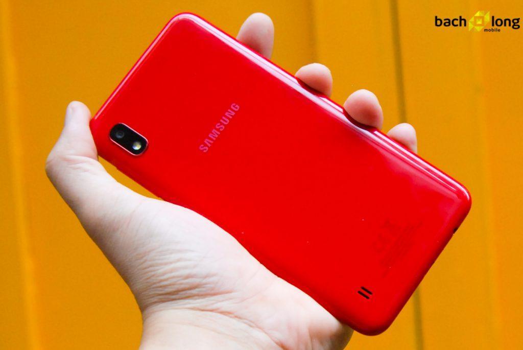 Điện thoại Samsung Galaxy A10 (TẶNG KÈM SẠC DỰ PHÒNG VÀ ỐP LƯNG XYLYCON )