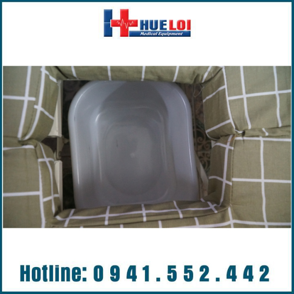 Giường bệnh nhân đầu nhựa đa năng 4 tay quay hạ chân góc nhỏ cao cấp