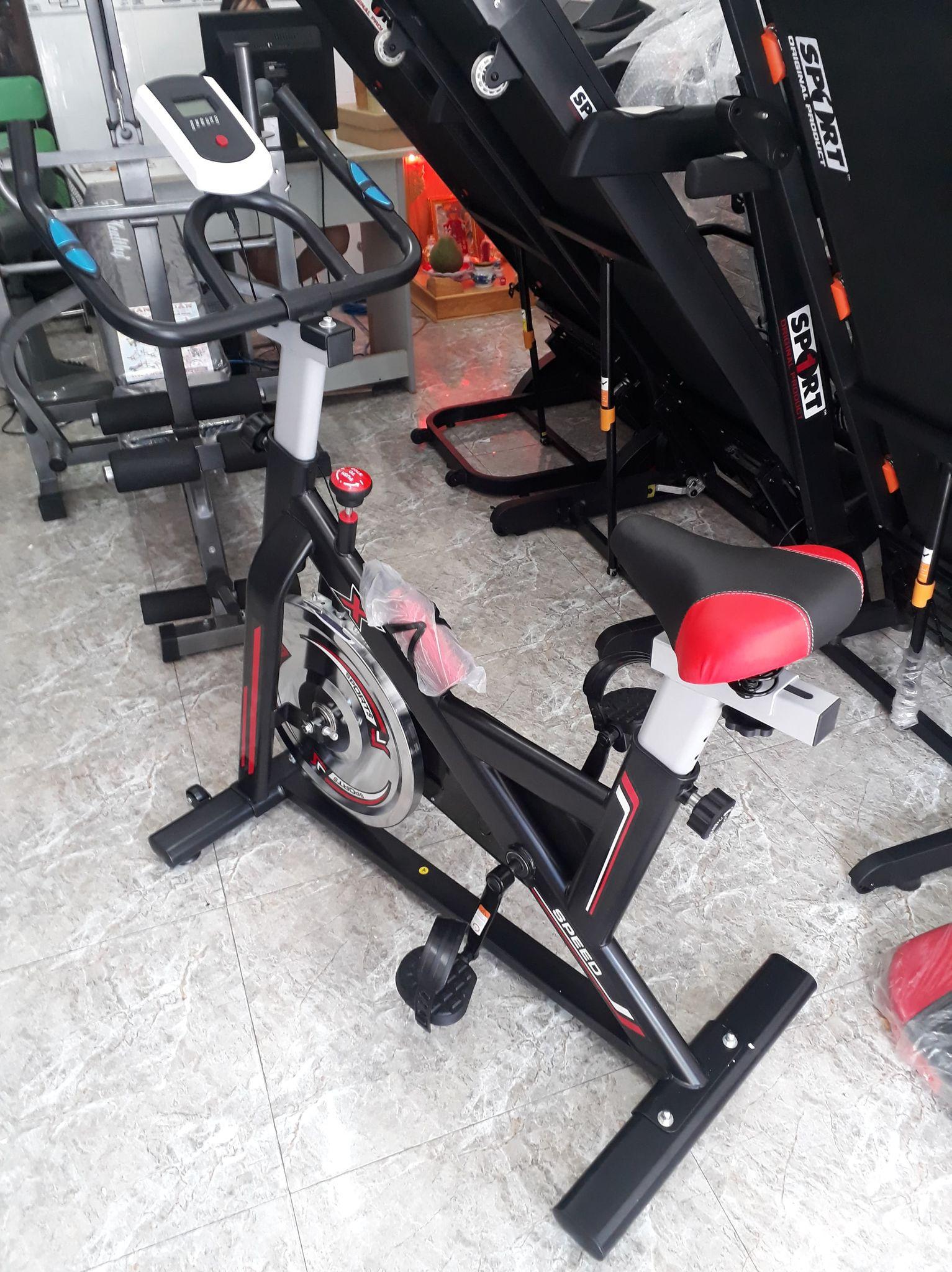 (ẢNH THẬT) Xe đạp tập thể dục tại nhà, Xe đạp tập thể thao KHUNG THÉP DÀY, CHẮC CHẮN, CHUYỂN ĐỘNG BẰNG DÂY CUROA RẤT ÊM