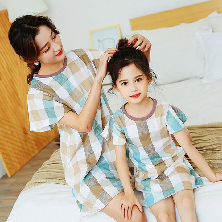 Giá bán Đầm ngủ cho bé gái cotton họa tiết caro tinh tế cho bé 4-10 tuổi BBShine – DN003